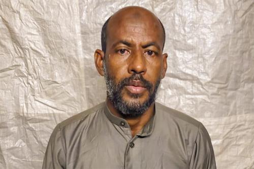 Photo de Grâce à l'intervention personnelle du Président de la République, notre compatriote El Ghouthob Ould Cheikh Mohamed Vadel arrive à Nouakchott