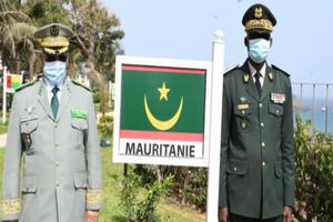 Photo de Visite de travail à Dakar : Le général Meguett de la Mauritanie reçu par le Cemga Cheikh Wade