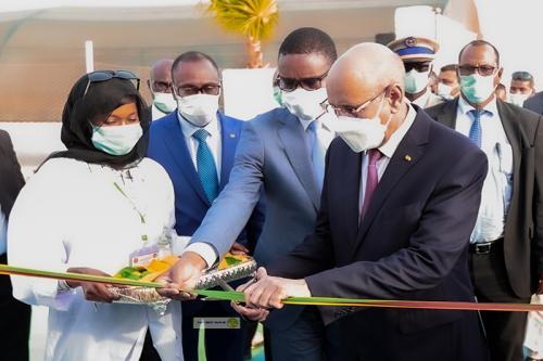 Photo de Nouakchott : Le Président de la République inaugure l'hôpital mobile Mohamed Ben Zayed
